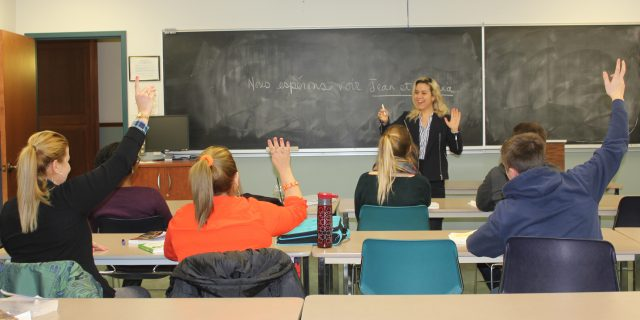 Dr. Eftihia Mihelakis teaching a grammar course for advanced students.