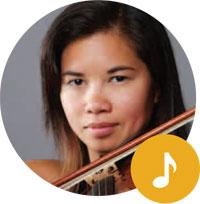 Violinist Kerry DuWors